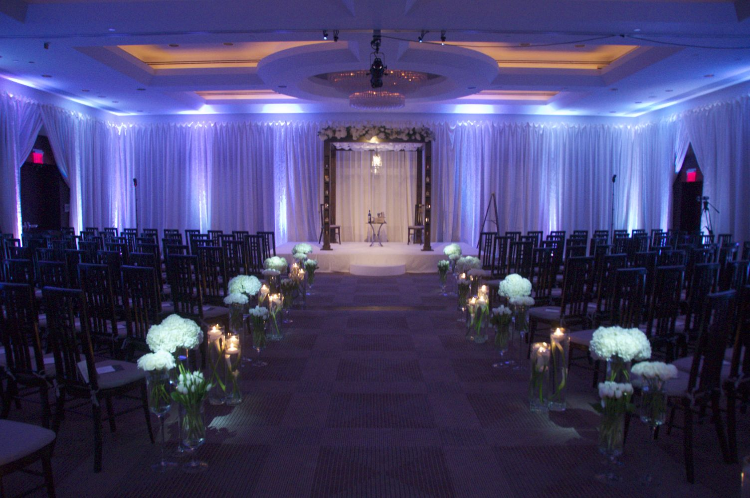 White Uplighting At The Park Hyatt
